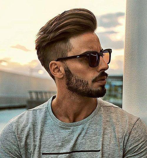 Peinado pompadour en cabello fino