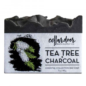 Jabón natural y vegano Tea Tree + Charcoal de Cellar Door Bath Supply Co